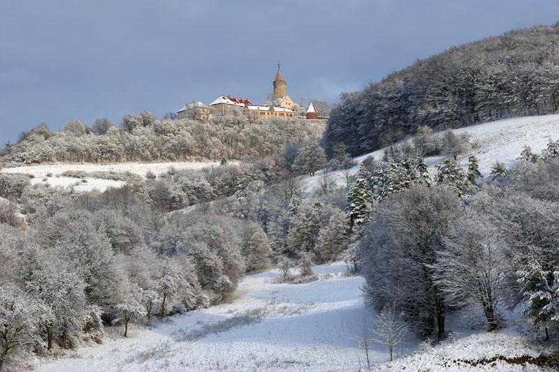 Die winterliche Leuchtenburg