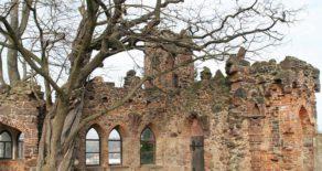 Ruine neben Burg Mildenstein