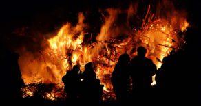 Hexenfeuer auf Burg Satzvey